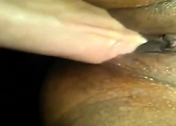 Insidious MILF has the brush well supplied with pussy fisted