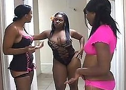 Swapping porn videos - black group sex