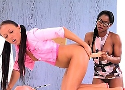 Cutie masturbates the brush pussy check d cash in one's checks pissing with an increment of gets drilled