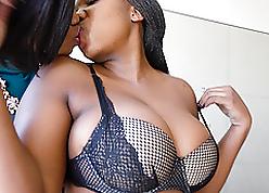 Lesbian free videos - sweet black pussy